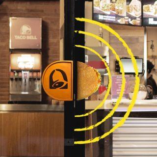 Spot the Taco at Taco Bell's door. #ISEEATACO do you?  #WaktunyaTacoBell #TacoBellindonesia